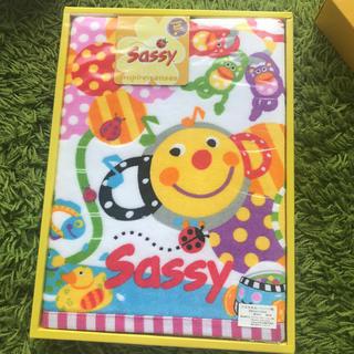 サッシー(Sassy)のsassyバスタオル(タオル/バス用品)