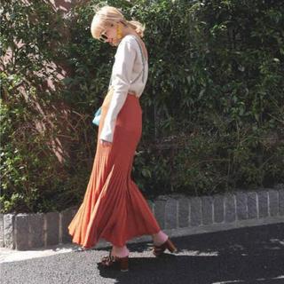 ビューティアンドユースユナイテッドアローズ(BEAUTY&YOUTH UNITED ARROWS)のAKTE シャイニーニットスカート(ロングスカート)