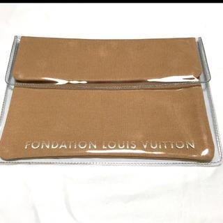 LOUIS VUITTON - FOUNDATION LOUIS VITTON 【美術館限定】クラッチケース