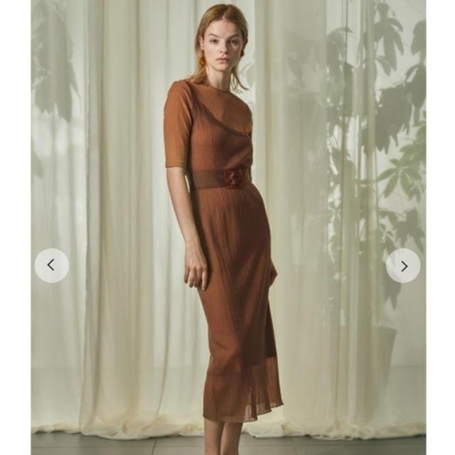 Lily Brown(リリーブラウン)のリリーブラウン snidel スナイデル ワンショルセットワンピース レディースのワンピース(ロングワンピース/マキシワンピース)の商品写真
