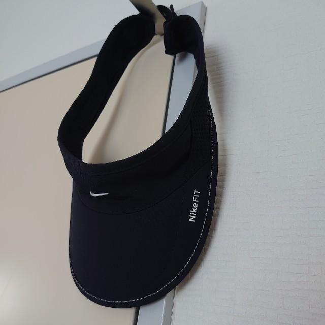 NIKE(ナイキ)のナイキ サンバイザー 美品 レディースの帽子(その他)の商品写真