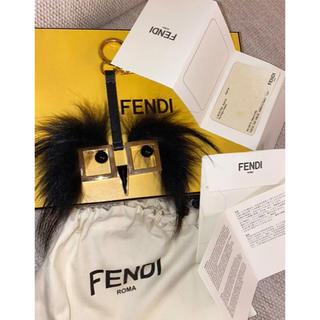 フェンディ(FENDI)のFENDY モンスター キーチャーム キーホルダー ブラック ゴールド(キーホルダー)