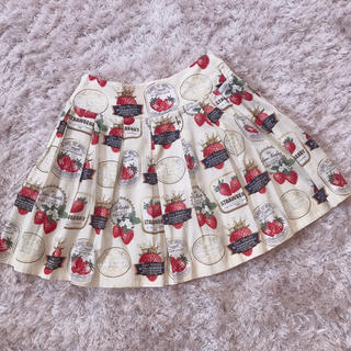 ジェーンマープル(JaneMarple)の本日限定 レア strawberry skirt(ひざ丈スカート)