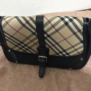 BURBERRY - バーバリーのバッグ