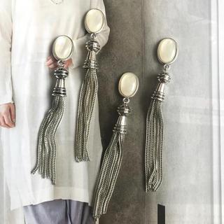 antique silver tassel ピアス or イヤリング