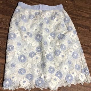 LAISSE PASSE - レッセパッセ フラワー刺繍 タイトスカート