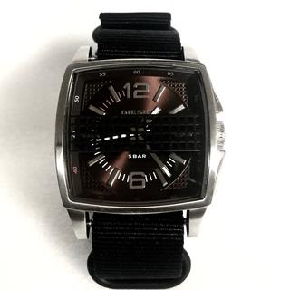 ディーゼル(DIESEL)のDIESEL  腕時計 電池新品に交換済み 購入価格約2万円(腕時計(アナログ))