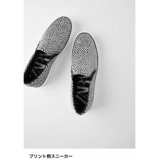 ZARA - 新品●ザラ●zara●プリント柄スニーカー フラットシューズ.24