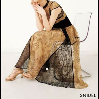 snidel - Snidel スイッチングレースワンピース