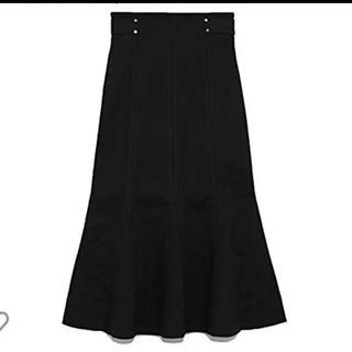 リリーブラウン(Lily Brown)のデザインステッチスカート(ロングスカート)