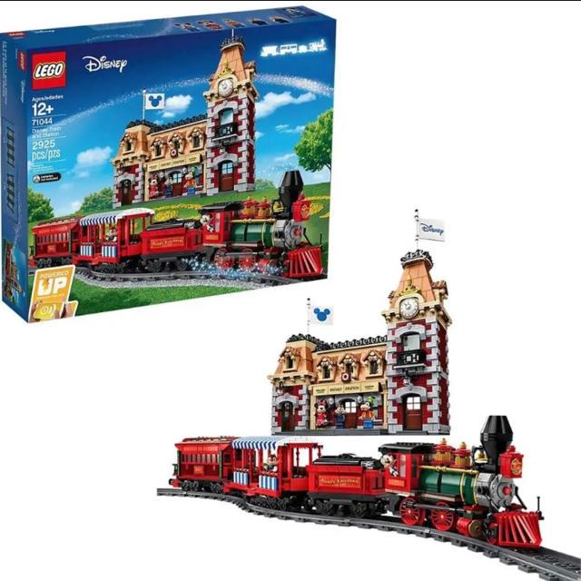 Lego(レゴ)のLEGO ディズニートレインアンドステーション 71044 送料込み キッズ/ベビー/マタニティのおもちゃ(知育玩具)の商品写真