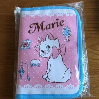 Disney - ディズニー マリー 母子手帳入れ  カード入れ