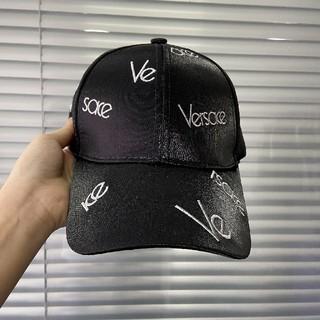VERSACE - 売り上げ VERSACEヴェルサーチ  帽子  キャップ