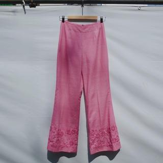 Ameri VINTAGE - Vintage Embroidered linen pants / Pink