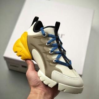 ディオール(Dior)のDior D-Connect2020春夏の新型ディオールのお父さんの靴(スニーカー)