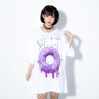 ミルクボーイ(MILKBOY)のTRAVAS TOKYO ドーナツ プリントTシャツ 半袖Tシャツ ホワイト(Tシャツ/カットソー(半袖/袖なし))
