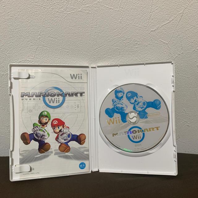 Wii(ウィー)のマリオカートWii エンタメ/ホビーのゲームソフト/ゲーム機本体(家庭用ゲームソフト)の商品写真