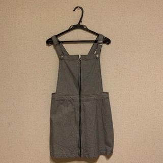エイチアンドエム(H&M)のジャンパースカート(ひざ丈ワンピース)
