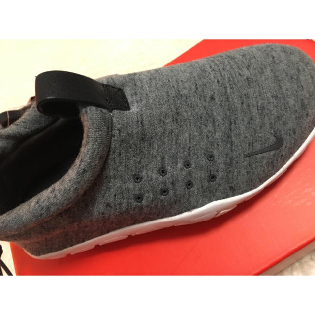 NIKE(ナイキ)の完売品 NIKE AIR MOC TECH FLECE 23cm AIR MAX レディースの靴/シューズ(スニーカー)の商品写真