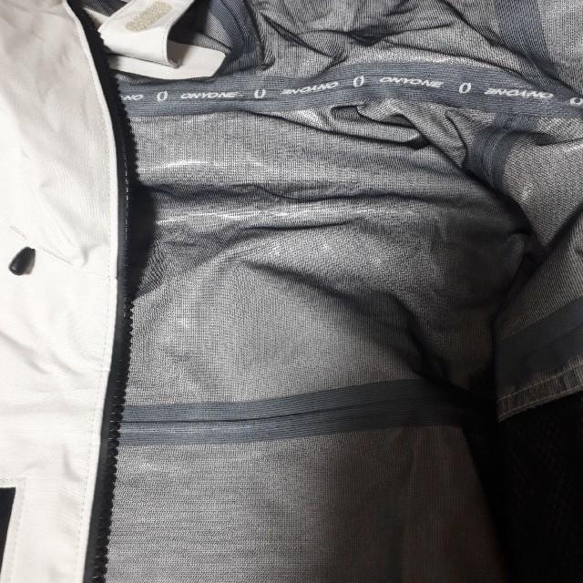 ONYONE(オンヨネ)のONYONE メンズブレステックジャケット Lサイズ レインジャケット スポーツ/アウトドアのアウトドア(登山用品)の商品写真