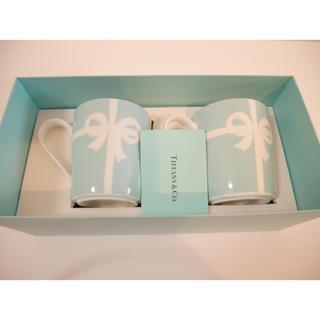 ティファニー(Tiffany & Co.)の【新品・未使用】ティファニー リボン ペアマグカップ(グラス/カップ)