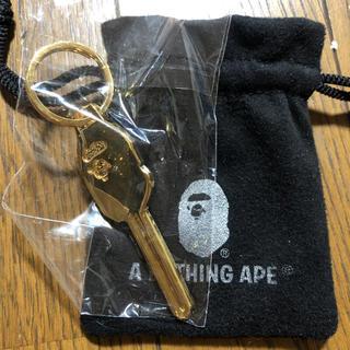 アベイシングエイプ(A BATHING APE)のAPE HEAD 鍵 キーホルダー(キーホルダー)