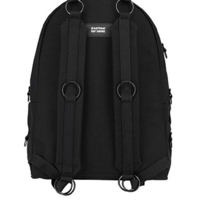 RAF SIMONS(ラフシモンズ)の【新品】RAF SIMONS EASTPAK BAGPACK BLACK メンズのバッグ(バッグパック/リュック)の商品写真