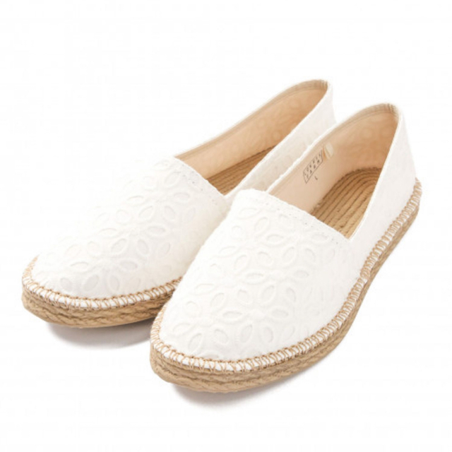 LOWRYS FARM(ローリーズファーム)のサンダル/スリッポン(白) レディースの靴/シューズ(スリッポン/モカシン)の商品写真