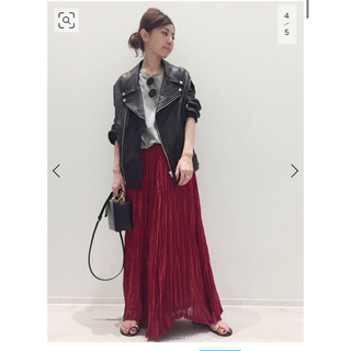 アパルトモンドゥーズィエムクラス(L'Appartement DEUXIEME CLASSE)のアパルトモン Col Pierrot プリーツスカート 赤(ロングスカート)