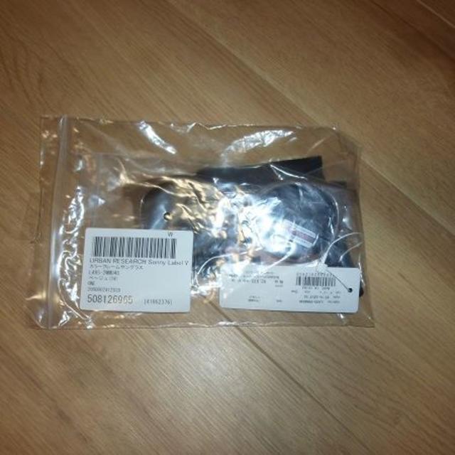URBAN RESEARCH(アーバンリサーチ)のアーバンリサーチサニーレーベル カラーフレームサングラス 定価2970円 レディースのファッション小物(サングラス/メガネ)の商品写真