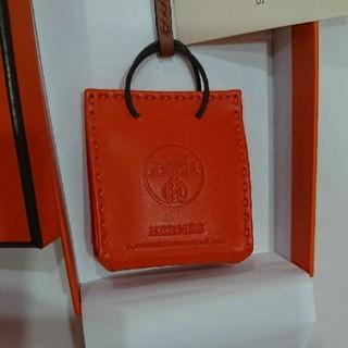 エルメス(Hermes)の新品 未使用】エルメス バッグチャーム ショッパー サックオランジュ オレンジ (チャーム)