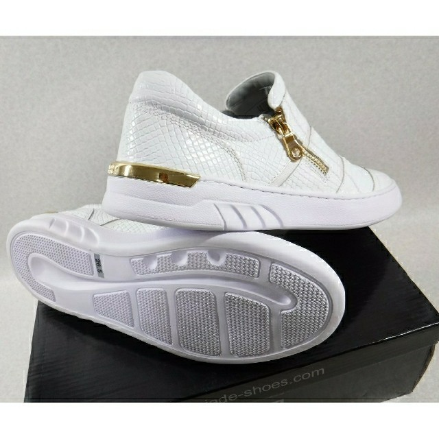 madras(マドラス)のマドラスJADE 新品GOLD ZIP 27.0cm/EXILE岩田剛典さん愛用 メンズの靴/シューズ(スニーカー)の商品写真