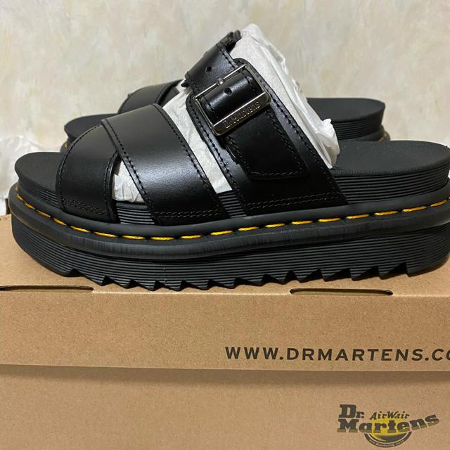 Dr.Martens(ドクターマーチン)のドクターマーチン サンダル ライカー UK4 23〜23.5cm レディースの靴/シューズ(サンダル)の商品写真