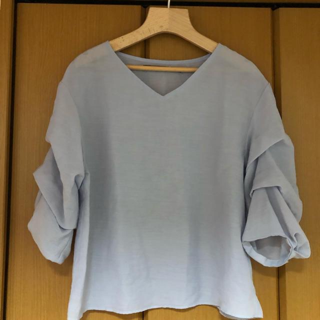 KBF(ケービーエフ)のkbf  シャツ パステルブルー レディースのトップス(シャツ/ブラウス(半袖/袖なし))の商品写真