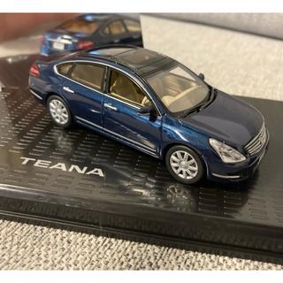 ニッサン(日産)の日産モデルカーコレクション ティアナ TEANA 1/43 ブルー 京商(ミニカー)