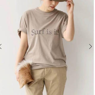 DEUXIEME CLASSE - surf is it Tシャツ ベージュ