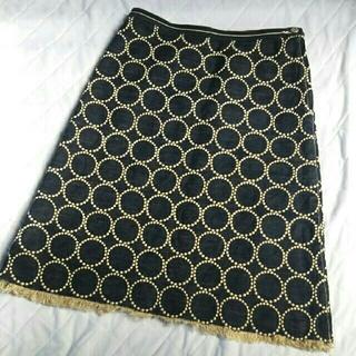 ミナペルホネン(mina perhonen)のミナペルホネンtambourineデニムスカート36(ひざ丈スカート)