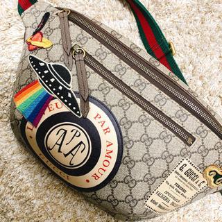 Gucci - GUCCI クーリエ GGスプリーム ベルトバッグ