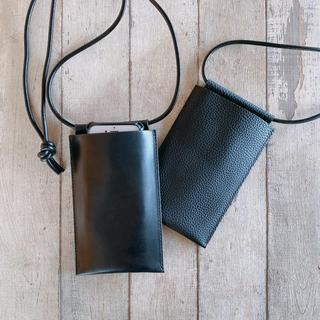 アーペーセー(A.P.C)のiPhone ショルダーバッグ 職人の手縫い 本革シングルバッド(ショルダーバッグ)