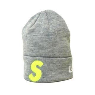 シュプリーム(Supreme)のシュプリームSupreme×ニューエラ■S logoビーニーニットキャップ(ニット帽/ビーニー)