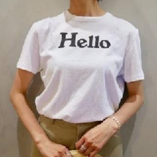 マディソンブルー(MADISONBLUE)の新作モデル ハロー ホワイトT マディソンブルー 01(Tシャツ(半袖/袖なし))