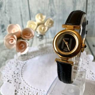 FENDI - 【電池交換済み】FENDI フェンディ 腕時計 320L ゴールド レディース