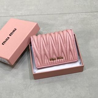 miumiu - ミュウミ◐◑ュウ MIUMIU ミニ財布 美品