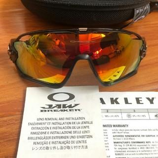 オークリー(Oakley)のOAKLEYオーストリア・ブレックサングラスは期間限定で特売しています(サングラス/メガネ)