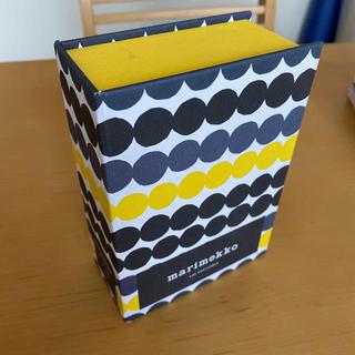 マリメッコ(marimekko)の【モモ様 専用】マリメッコ ポストカードセット 91枚(その他)