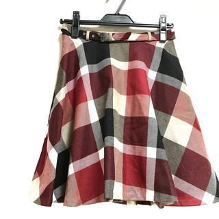 ブルーレーベルクレストブリッジ スカート