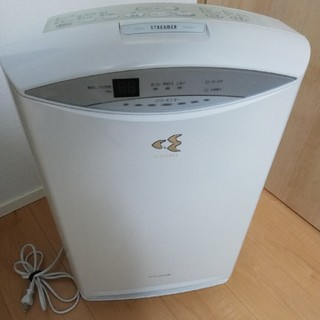 DAIKIN - 空気清浄機ダイキン ACK70S-W