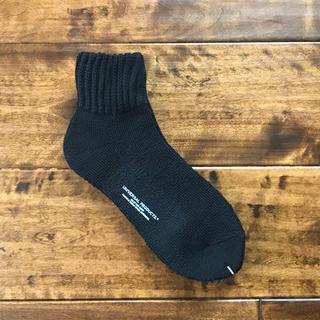 ワンエルディーケーセレクト(1LDK SELECT)の【新品未使用品】UNIVERSAL PRODUCTS ソックス 靴下 ブラック(ソックス)