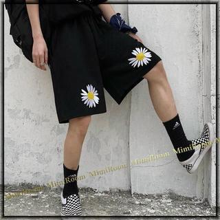 男女兼用!W60~90【F~大きいサイズ】ストリート系 デイジー刺繍ハーフパンツ