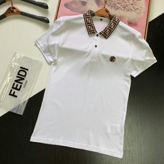 フェンディ(FENDI)の未使用! オススメフェンディ「FENDI」 Tシャツ 襟付き(Tシャツ/カットソー(半袖/袖なし))